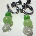 キャッツアイとさざれ水晶のイヤリング(緑色)